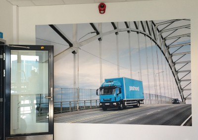 Postnord AS – Langhus – tapetsering